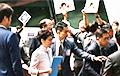 Оппозиция не дала главе Гонконга произнести речь в парламенте
