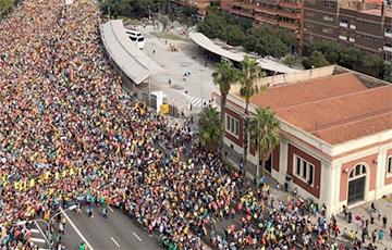 У Барсэлоне на акцыю пратэсту выйшлі больш за паўмільёна чалавек
