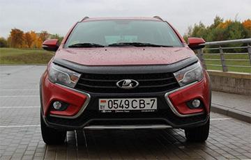 «Дымит, как паровоз»: белорус рассказал о новой Lada Vesta