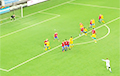 Видеофакт: Голкипер забивает чудо-гол со штрафного