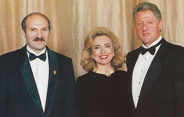 Lukashenka Was Buddying Up With Clinton