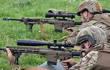 Відэафакт: Ва Украіне паказалі найноўшую снайперскую вінтоўку