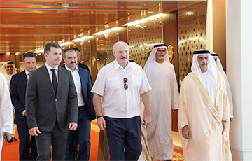 Blogger: Lukashenka Flew To UAE For Secret Treatment