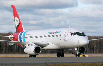 В РФ у пассажирского самолета Superjet-100 отказал двигатель