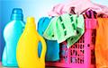 Ученые рассказали, как сохранить одежду при стирке