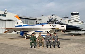 Американский истребитель F-16 сбросил бомбу на японскую территорию