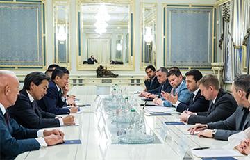Зеленский предложил Джеку Ма открыть исследовательский центр в Украине