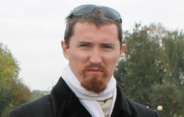 Блогеру «Серому Коту» вручили повестку на новый суд