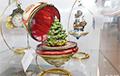В ТЦ Минска продают новогодние игрушки по 200 долларов за штуку