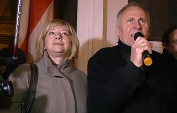 Николай Статкевич и Ирина Халип призвали белорусов завтра собраться на легальный митинг на площади Свободы