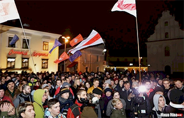 Palina Sharenda-Panasyuk: Lukashenka Started Battering Down Tiles In City Center Out Of Fear
