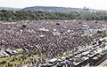 В Праге 200 тысяч человек требуют отставки премьера Бабиша