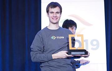 Белорус первым победил в двух видах состязаний на турнире по программированию в США