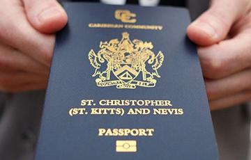 Российских богачей с «золотыми» паспортами высылают из США на родину