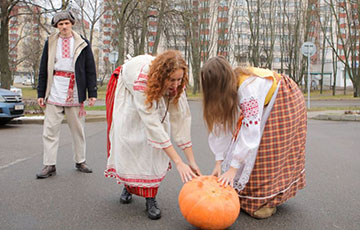 "Putin ""Got Pumpkin"" From Belarusians"