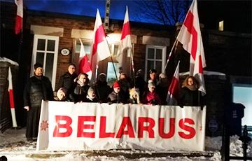 У Канадзе беларусы выйшлі на пікет супраць інтэграцыі з Расеяй