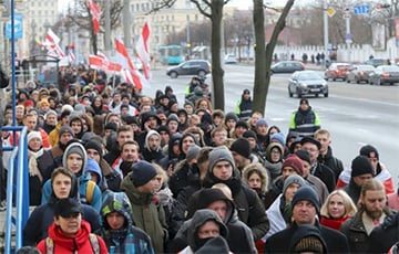 New Rally For Independence Of Belarus - Front And Center In Three Minutes