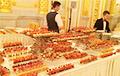 Власти Москвы тратят миллионы на фуршеты для чиновников