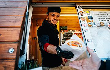 «У меня бургеры из деревень заказывают»