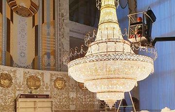 Три факта про «золотую» люстру в резиденции Лукашенко