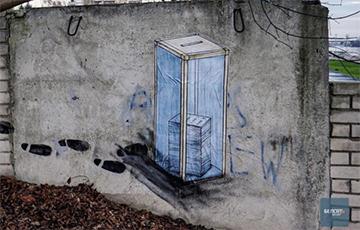 Брестский Бэнкси нарисовал новую картину вместо замазанной