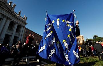 В Италии сардины стали символом протеста