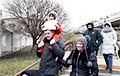 Удзельнік акцыі ў Гародні: Трэба выходзіць на вуліцы, а не на канапе сядзець
