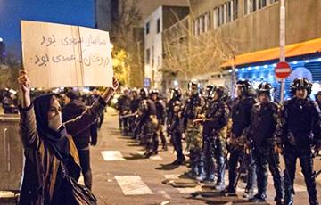 Ждет ли Иран новая революция?
