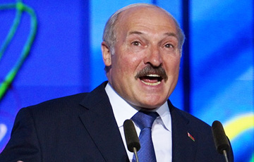 Lukashenka: If, God Forbid, Times Are Hard, We Will Need Komsomol