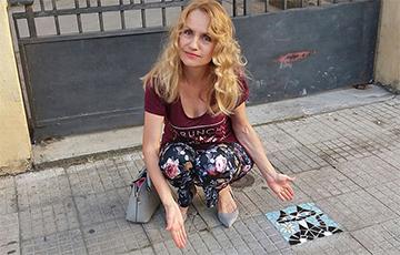 Как белоруска на Сицилии превращает изъяны тротуара в объекты искусства