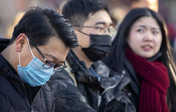 Врачи показали снимки пораженных коронавирусом легких