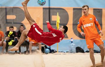 Сборная Беларуси по пляжному футболу дважды обыграла чемпионов России