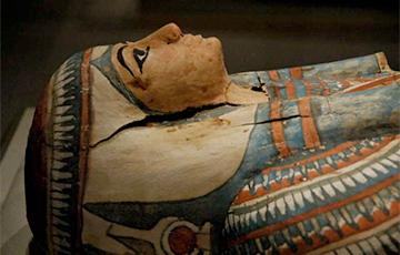 Ученые обнаружили загадочный предмет внутри древней мумии