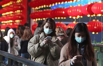 Китай закрывает границы из-за COVID-19