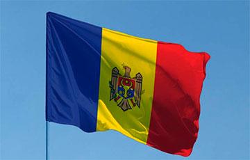 В Молдове стартовал второй тур выборов президента