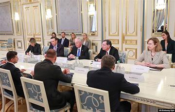 Американские сенаторы пообещали Зеленскому усилить поддержку Украины