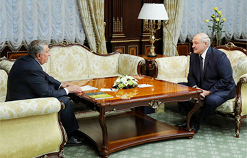 Что потребует Сечин за свои услуги от Лукашенко