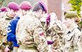 У брытанскім войску ўпершыню ў гісторыі жанчына стала парашутыстам-дэсантнікам
