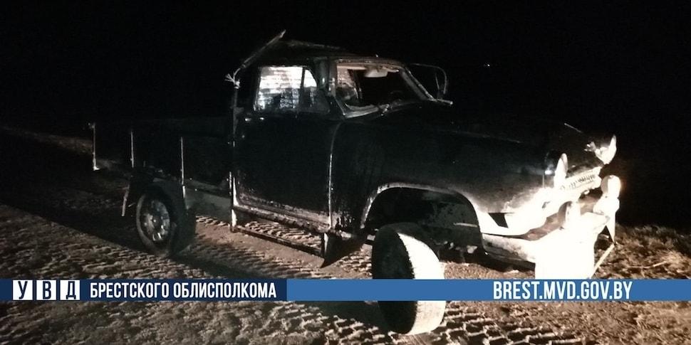 Белорус собрал самодельный автомобиль в стиле Mad Max и поехал кататься