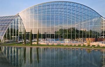 Пад Варшавай адкрыўся самы вялікі крыты аквапарк у Еўропе