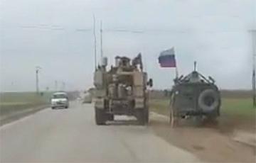 В США прокомментировали инцидент с участием российского и американского бронеавтомобилей