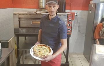 Французы спяклі піцу з рэкорднай колькасцю сыроў