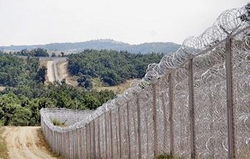 Болгария готова отправить 1000 военных к границе с Турцией