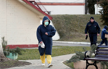 Коронавирус подозревают у отца девушки госпитализированного студента