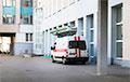 Минчанин: В инфекционной больнице очереди из скорых, за час заехало 50 машин