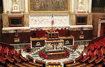 18 дэпутатаў французскага парламента заразіліся каранавірусам