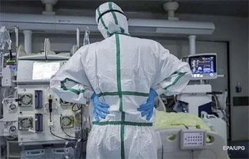 Власти Петербурга заявили о нехватке коек для пациентов с COVID-19