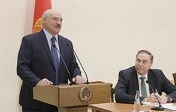 Более 36 часов Минздрав не сообщает о количестве случаев коронавируса в Беларуси