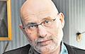 Российский писатель Борис Акунин заразился коронавирусом