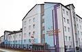 Жители Воложина: Ночью врачи в «скафандрах» свозили в город людей из Минска и Витебской области